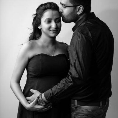 Aarti & Harsh_Maternity Shoot (12)